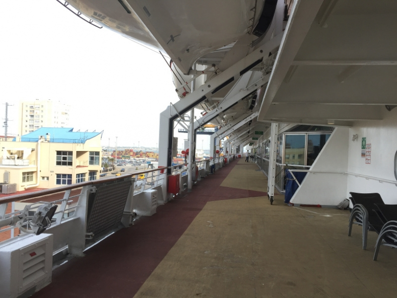 1136 27-11 lifeboat deck