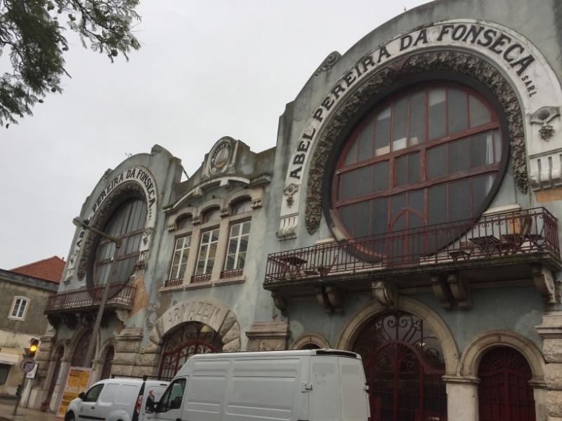 1147 28-11 Fonseca building