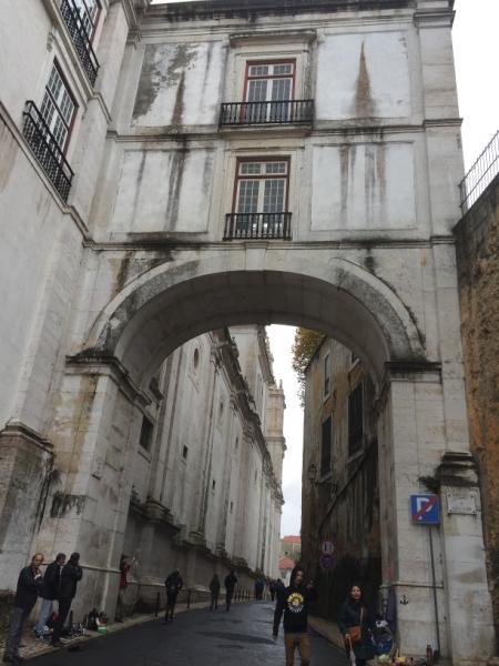 1152 28-11 Arch