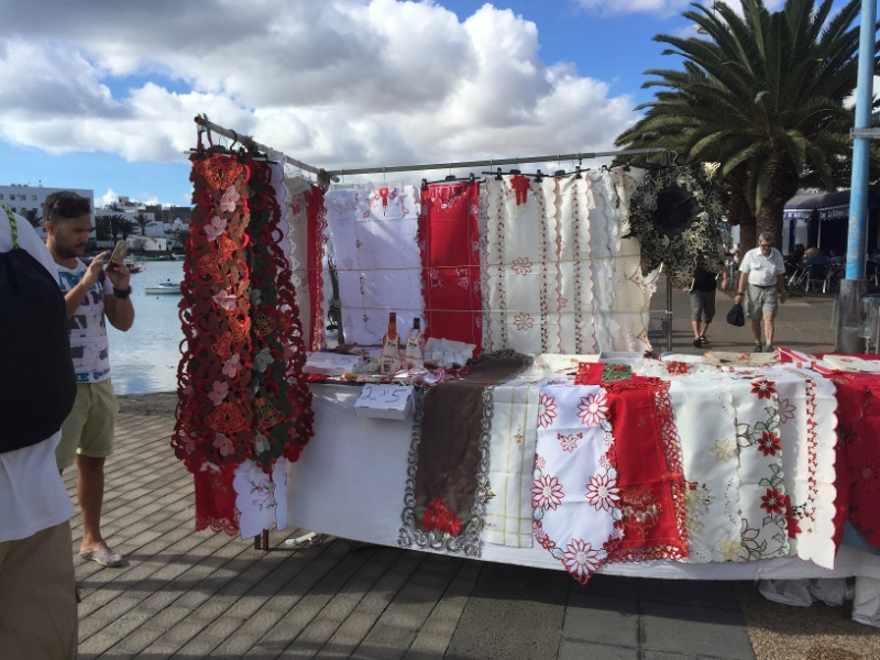 1170 30-11Lace stall