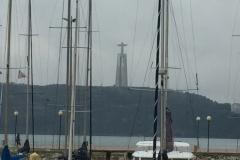 1163 28-11 Statue